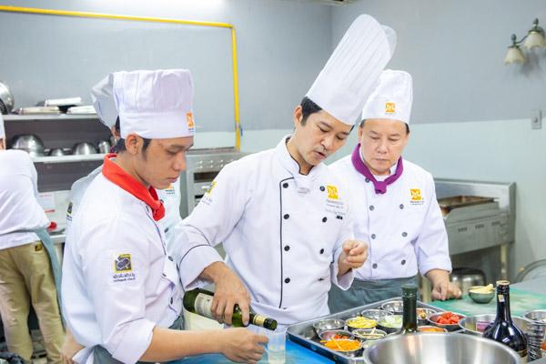 Học chứng chỉ nấu ăn