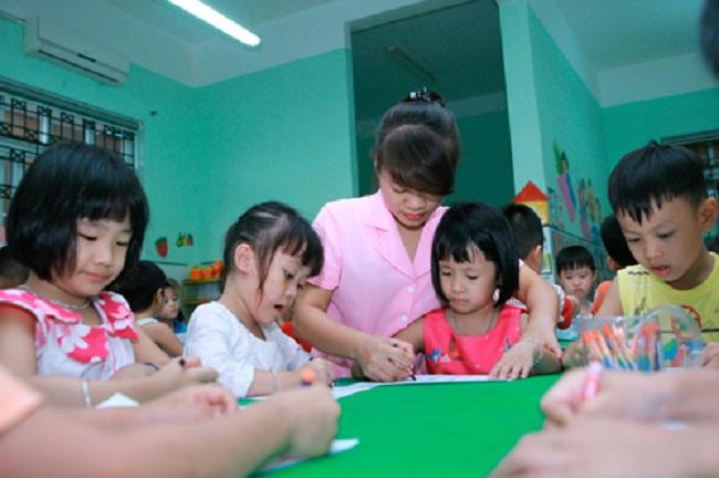 Học trung cấp mầm non cần học thêm bằng quản lý để mở trường