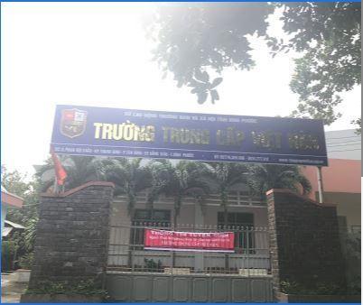 Trường Trung Cấp Việt Hàn