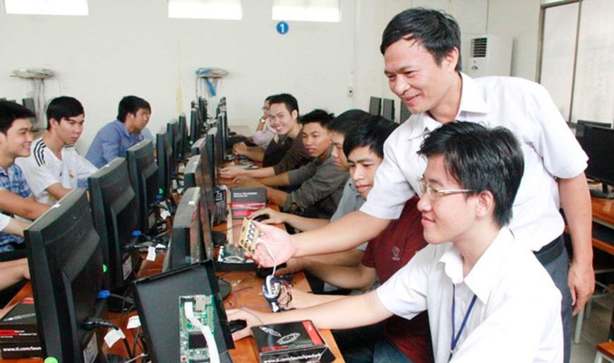 Chương trình đào tạo trung cấp tin học