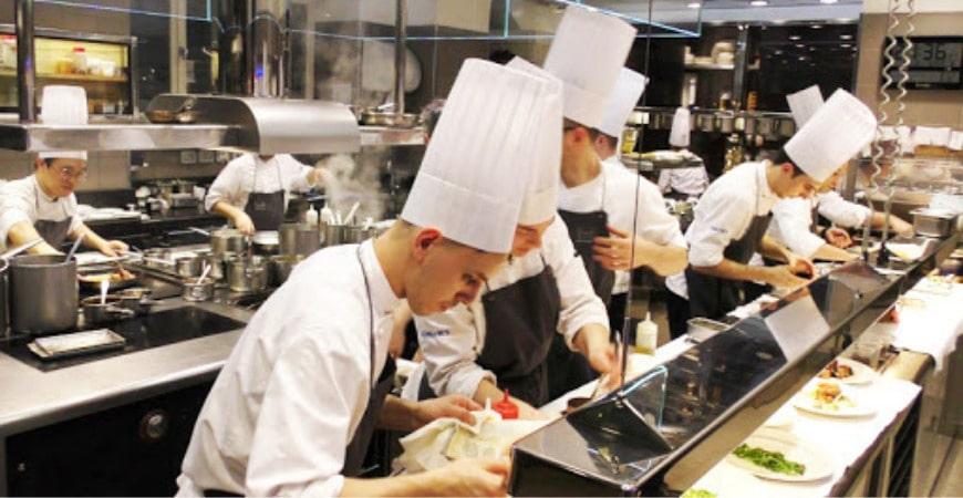 danh sách trường tuyển sinh trung cấp kỹ thuật chế biến món ăn1