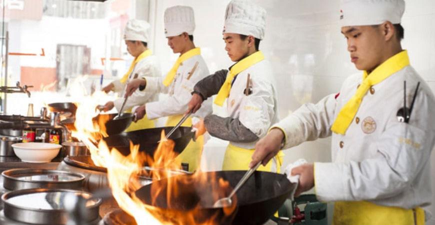 Trung cấp kỹ thuật chế biến món ăn online từ xa1