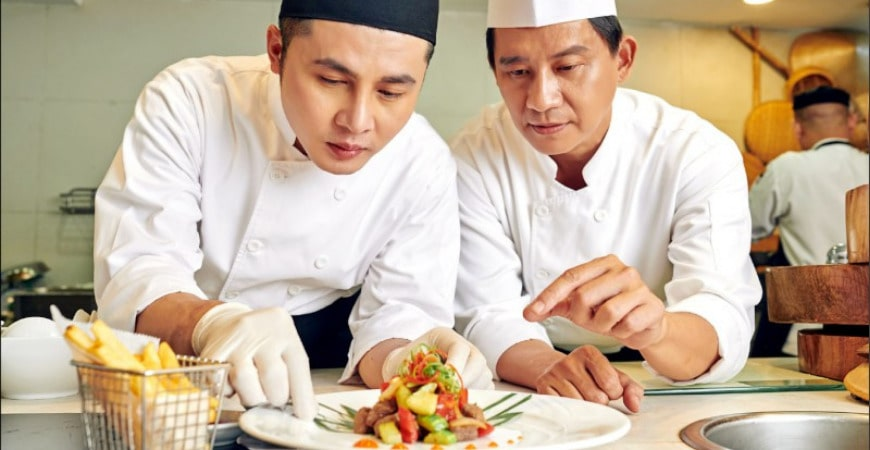 Trung cấp kỹ thuật chế biến món ăn online từ xa3