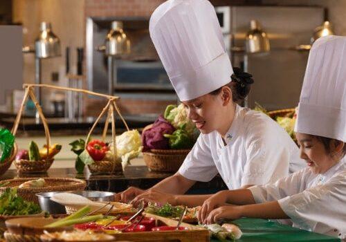 Trung cấp kỹ thuật chế biến món ăn vừa học vừa làm